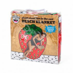Beach Blanket Strawberry 1.5M-2352